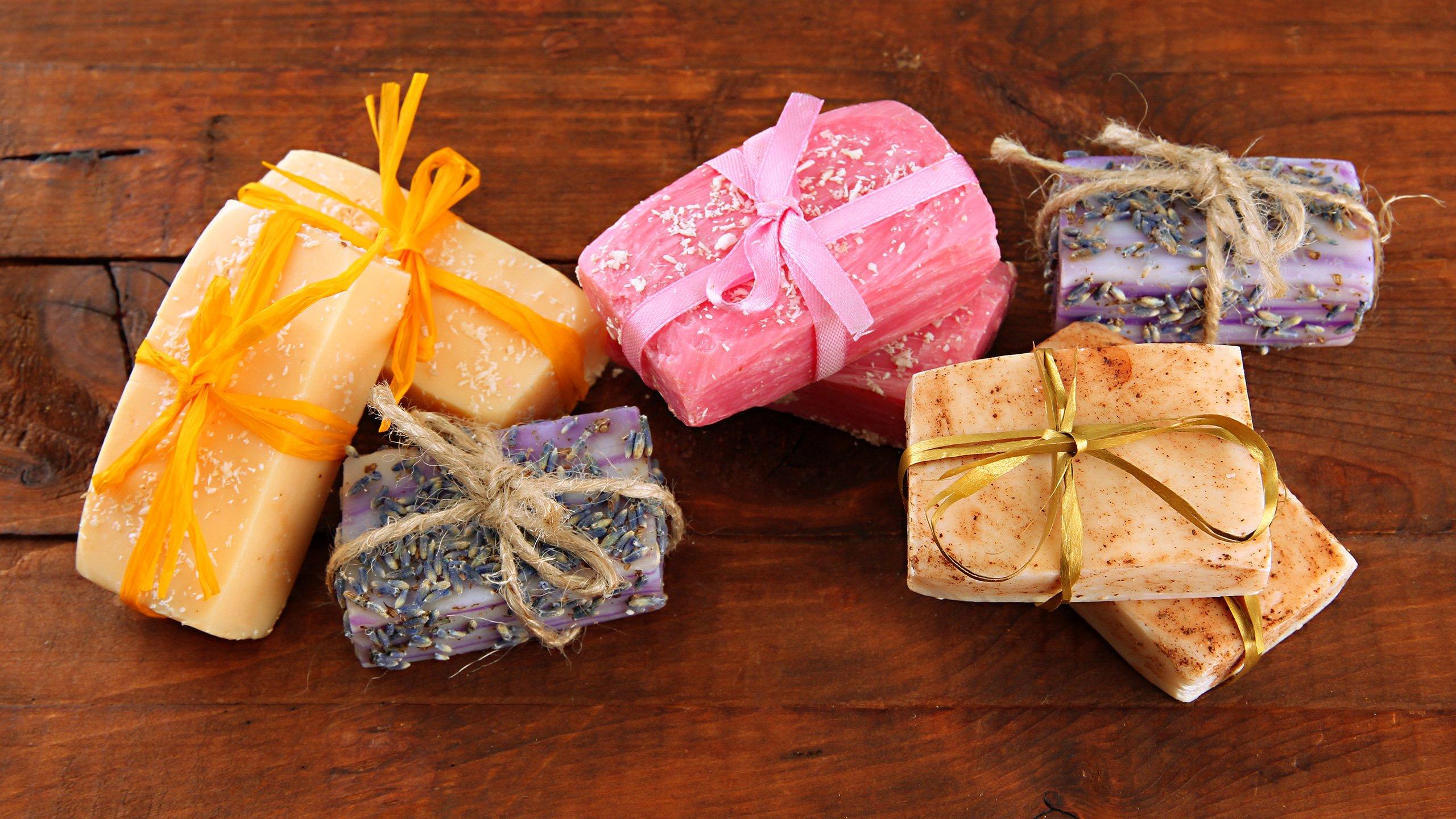 Vánoční výroba mýdla
